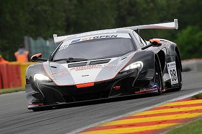 Côme Ledogard porta la McLaren in pole per Gara 2