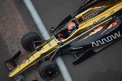 Hinchcliffe conquista pole para Indy 500; Castroneves é 9°