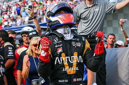 100'üncü Indy 500'de pol pozisyonu Hinchcliffe'in