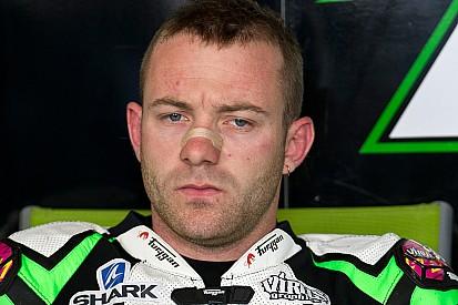 Lucas Mahias in Stock 1000 a Donington con Pata Yamaha
