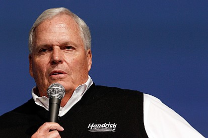 Hendrick, Parsons lead newest NASCAR Hall of Fame class