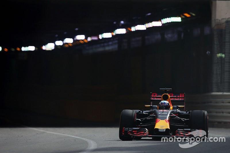 """Риккардо оценил прогресс Renault в """"одну или две десятые"""""""