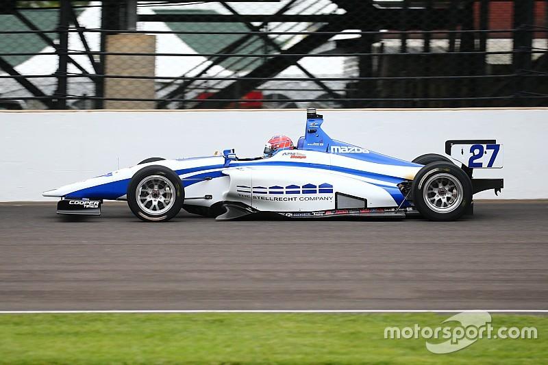 Dean Stoneman beffa in volata Ed Jones ad Indianapolis