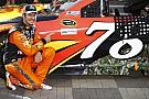 Martin Truex Jr. conquista la pole a Charlotte per la Coca-Cola 600