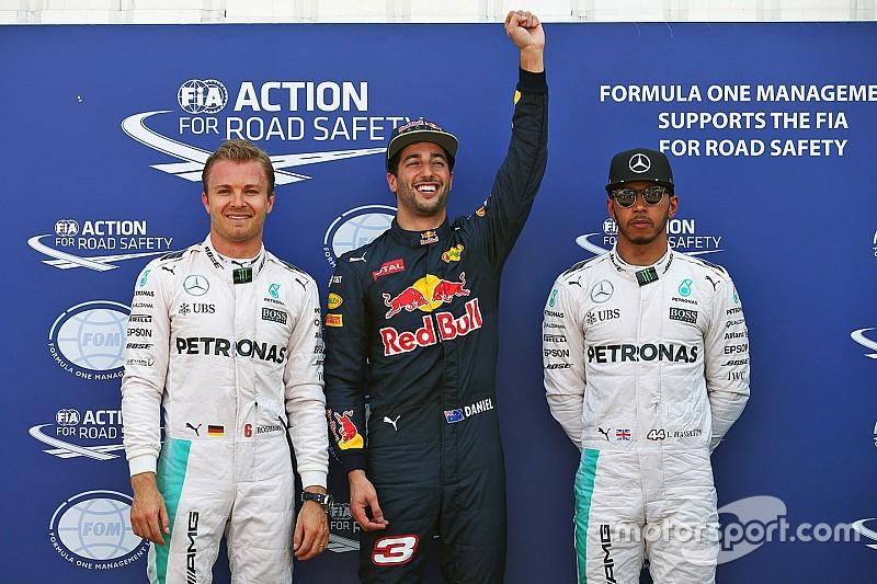摩纳哥大奖赛排位赛:里卡多击败梅赛德斯,赢得首个杆位!