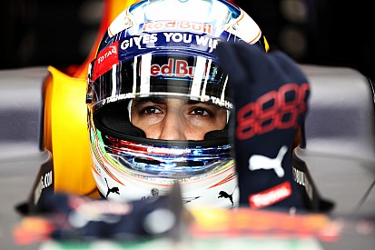 F1モナコGP予選:リカルドが魂の走りで初PP。決勝SSスタート