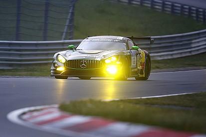 24 Horas de Nurburgring: Mercedes al mando, tras primer tercio