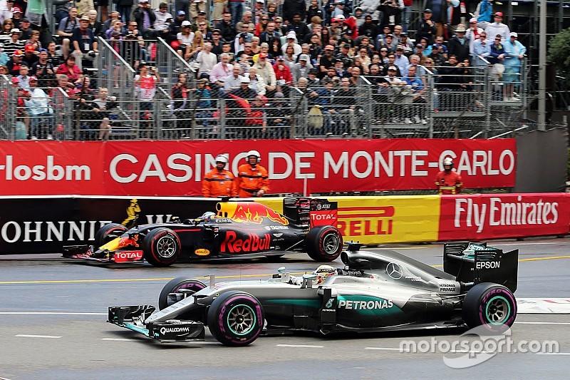 Aproveitando tática, Hamilton vence Ricciardo em Mônaco