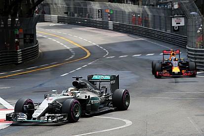 Hamilton reprend 19 points à Rosberg avec la manière