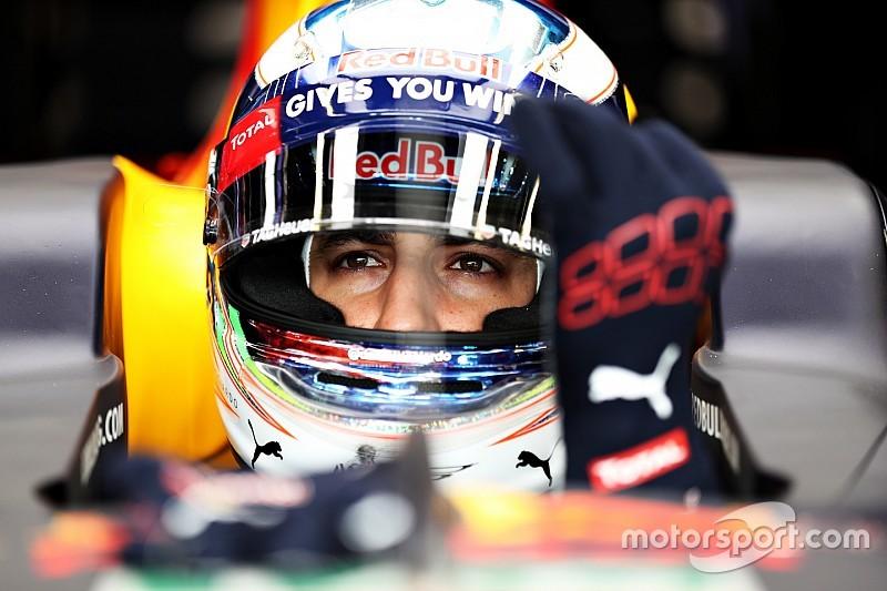 Los neumáticos de Ricciardo estaban en la parte trasera del box