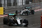 Rosberg no dudó en dejar pasar a Hamilton - Wolff