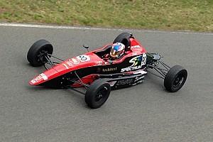 Domination de Trenton Estep en Formule 1600