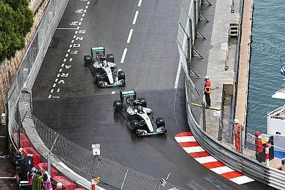"""Hamilton et le comportement """"gentleman"""" de Rosberg"""