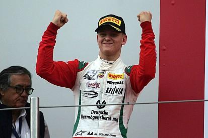 Fotogallery: Mick Schumacher vince ancora nella F.4 Italiana