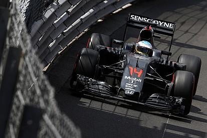 """Alonso - Les pneus posent """"un gros problème"""" à McLaren"""