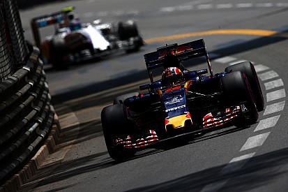 Квят – в Williams, Вандорн – в McLaren? Ситуация на рынке пилотов