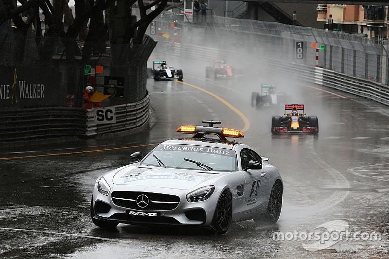 """Villeneuve: """"Iniciar la carrera con el coche de seguridad fue ridículo"""""""