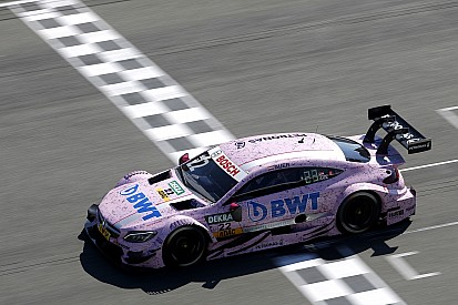 Ауэр опередил квартет гонщиков Audi в первой тренировке
