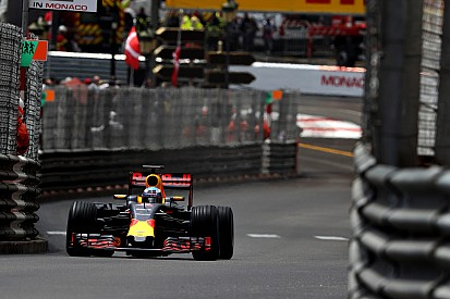 """Smedley - Red Bull sera fort """"sur d'autres circuits"""""""