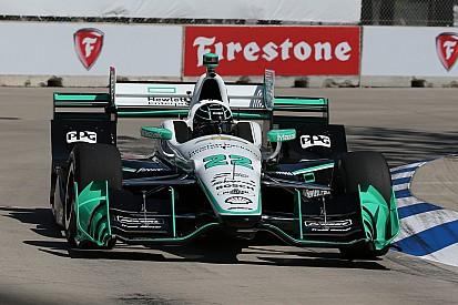 Indycar Detroit: Pagenaud pakt pole race 1 namens ongenaakbaar Penske