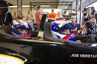 Jos Verstappen neemt dochter Victoria mee in F1-tweezitter