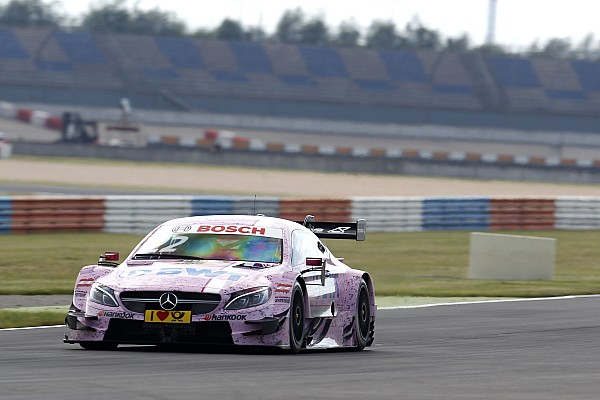 DTM DTM劳希茨第二回合比赛: 梅赛德斯车手卢卡斯·奥亚统治整场比赛