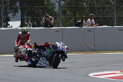 Lorenzo: Iannone bir yarış men cezası almalıydı
