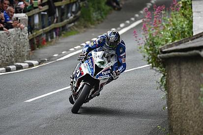 TT 2016, per Ian Hutchinson vittoria e record in Superstock