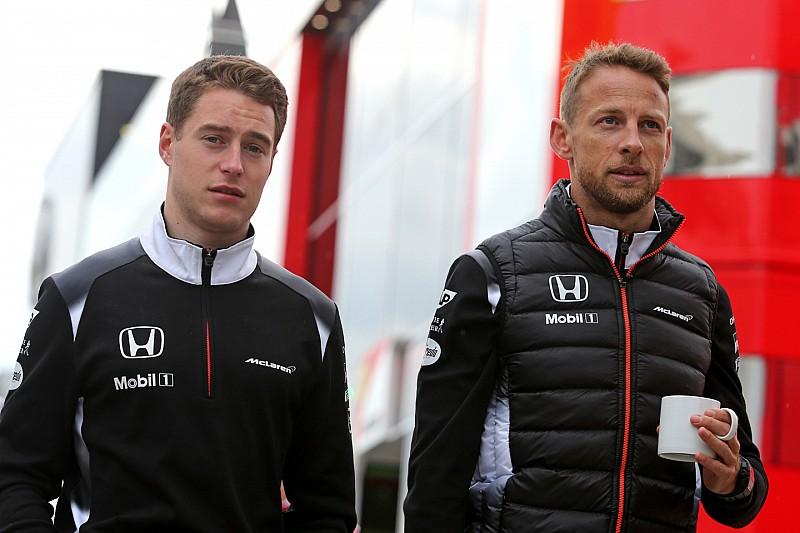"""McLaren: """"Nog niet gesproken over line-up 2017"""""""