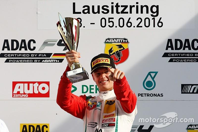 VÍDEO: veja show de filho de Schumacher na F4 alemã