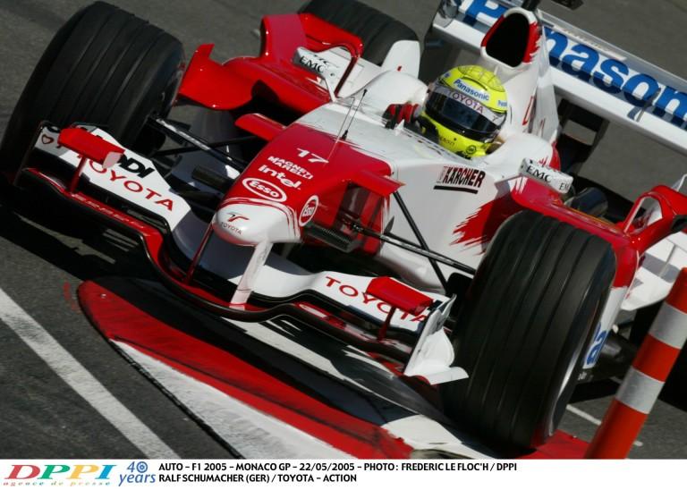 Ralf Schumacher megmutatja, milyen könnyű lezúzni egy F1-es gépet Monacóban