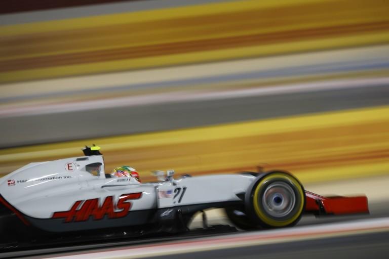A Red Bull beszólt a Haasnak: Jól megy a tavalyi Ferrari!