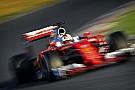 Vettel vezeti az utolsó téli tesztnapot a Ferrarival: megállt a Mercedes!