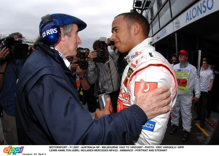 Lewis Hamilton négy vagy öt bajnoki címet érdemelne a Forma-1-ben, de 3 év múlva visszavonulhat?!