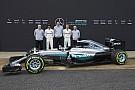 Hamilton valami másra koncentrált 2015 végén, de még mindig tud vezetni!