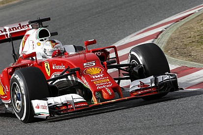 A Ferrari Ausztráliára időzíti a nagy durranást: a fejlesztett 2016-os erőforrást!