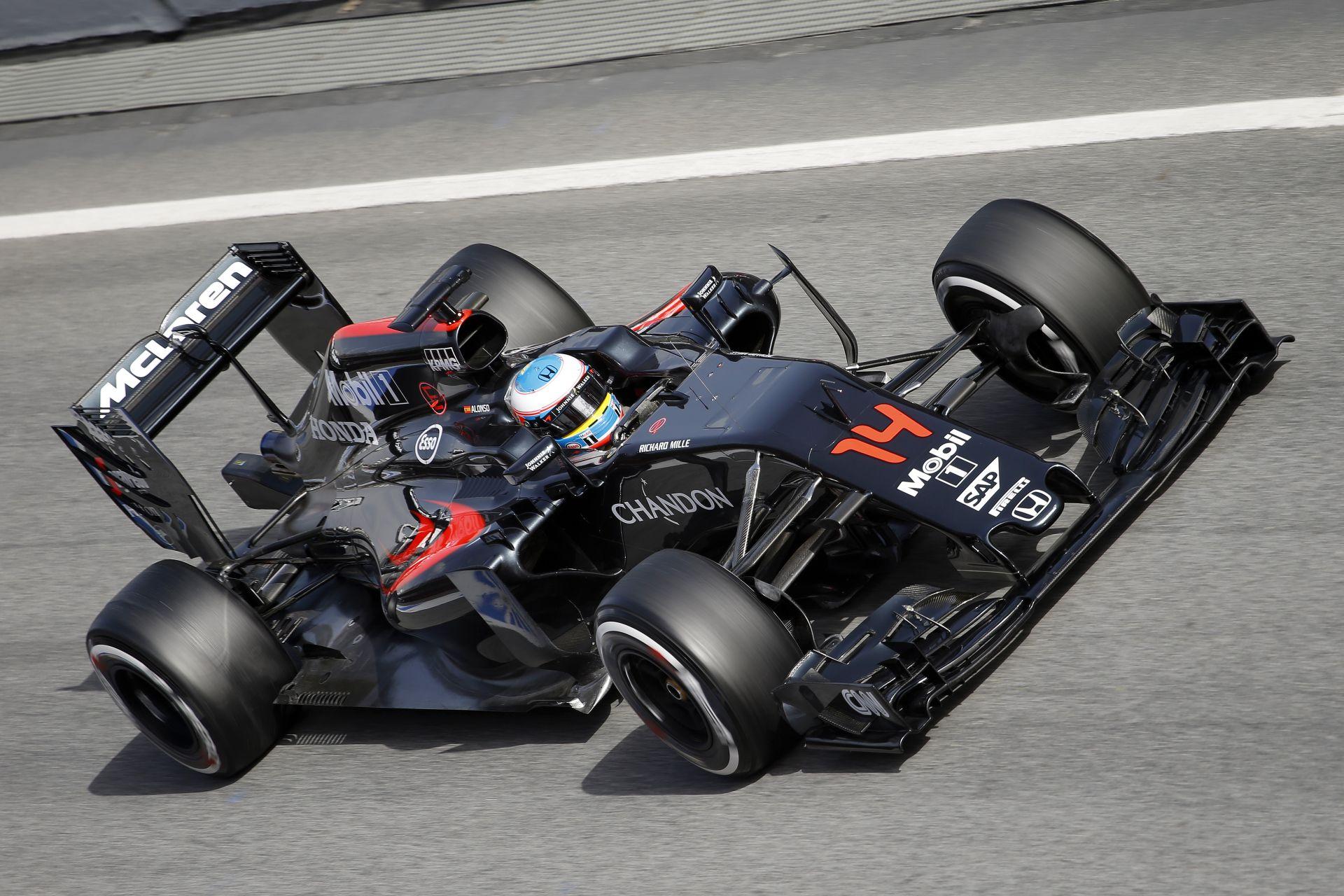 Ausztráliában egy teljesen új motort vethet be a McLaren-Honda
