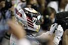 Hamilton 2014-ben ezen a bizonyos napon lett bajnok a Mercedesszel