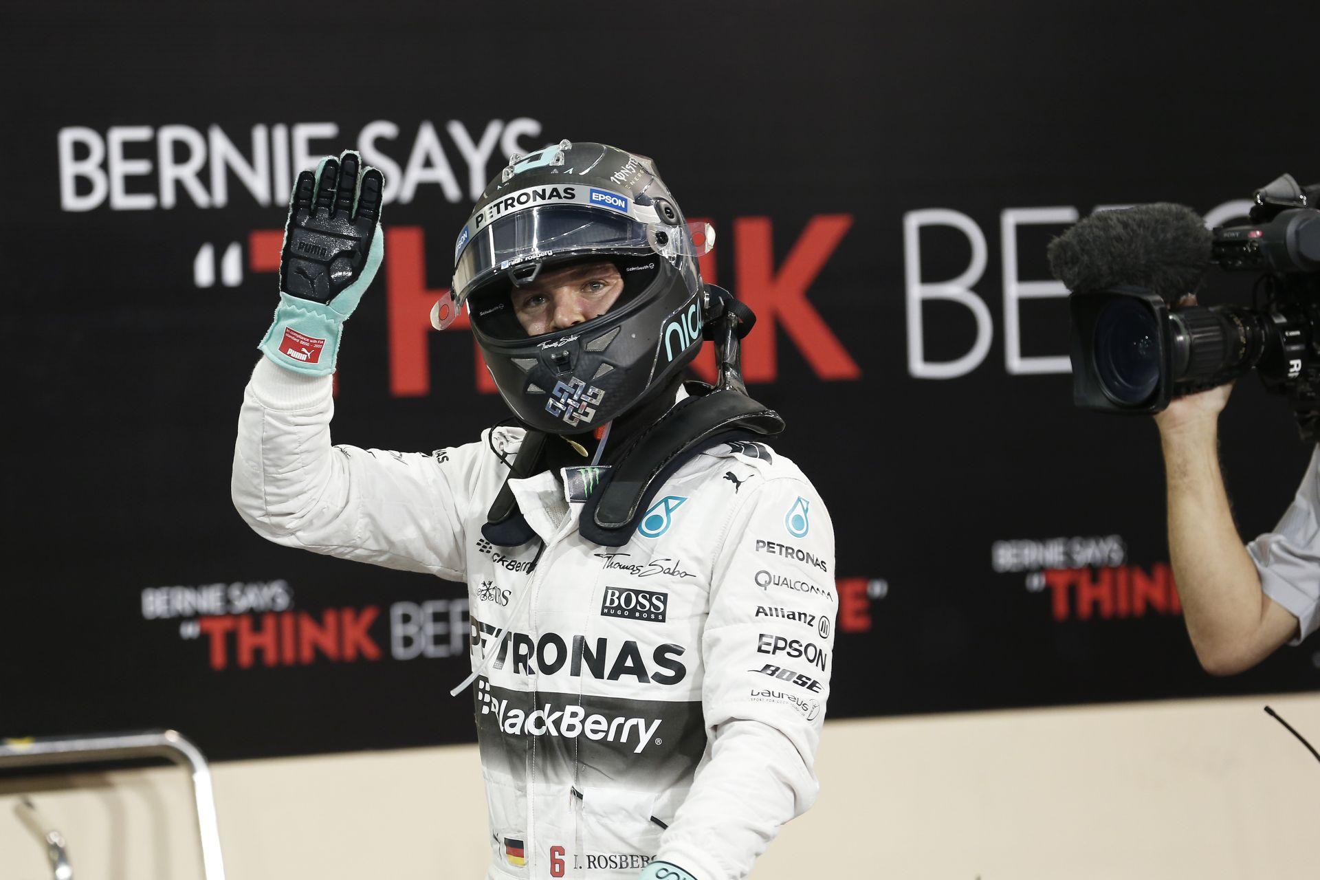 Rosberg nyerte az idei utolsó F1-es versenyt Abu Dhabiban Hamilton és Raikkönen előtt: Vettel-parádé a negyedik helyen!