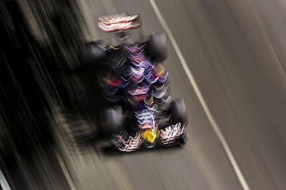 Ecclestone szerint Max Verstappennek már most egy top-istállónál a helye!
