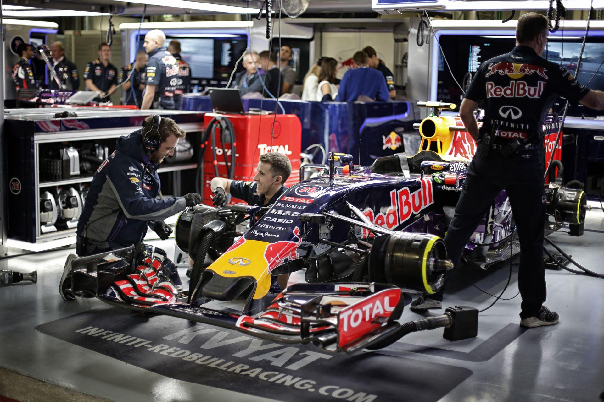A Renault megsértődött: számukra a Red Bull már nem opció!