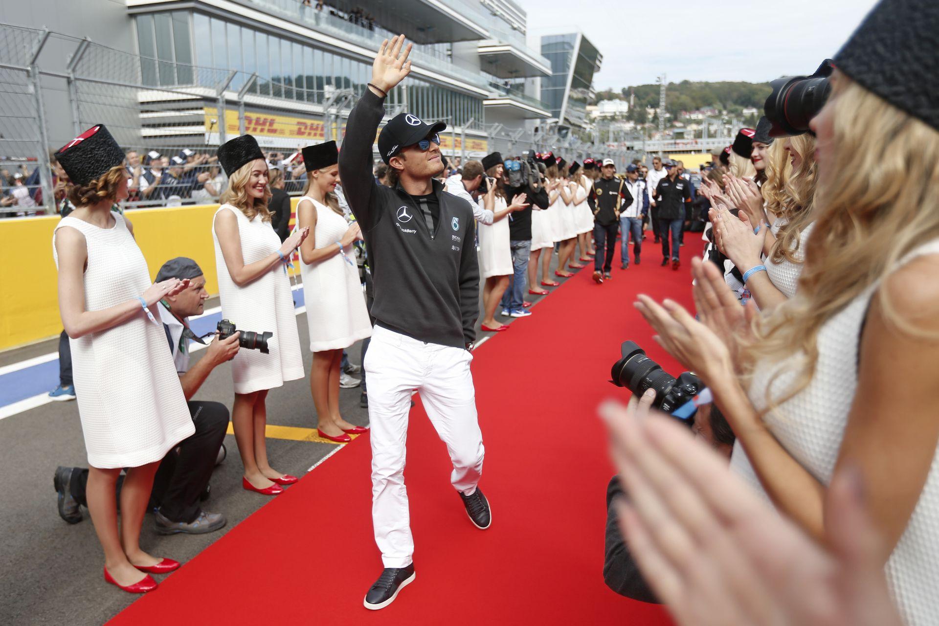 Rosberg soha nem lesz világbajnok, ha ilyen alapvető hibákkal szembesül a Mercedesnél!