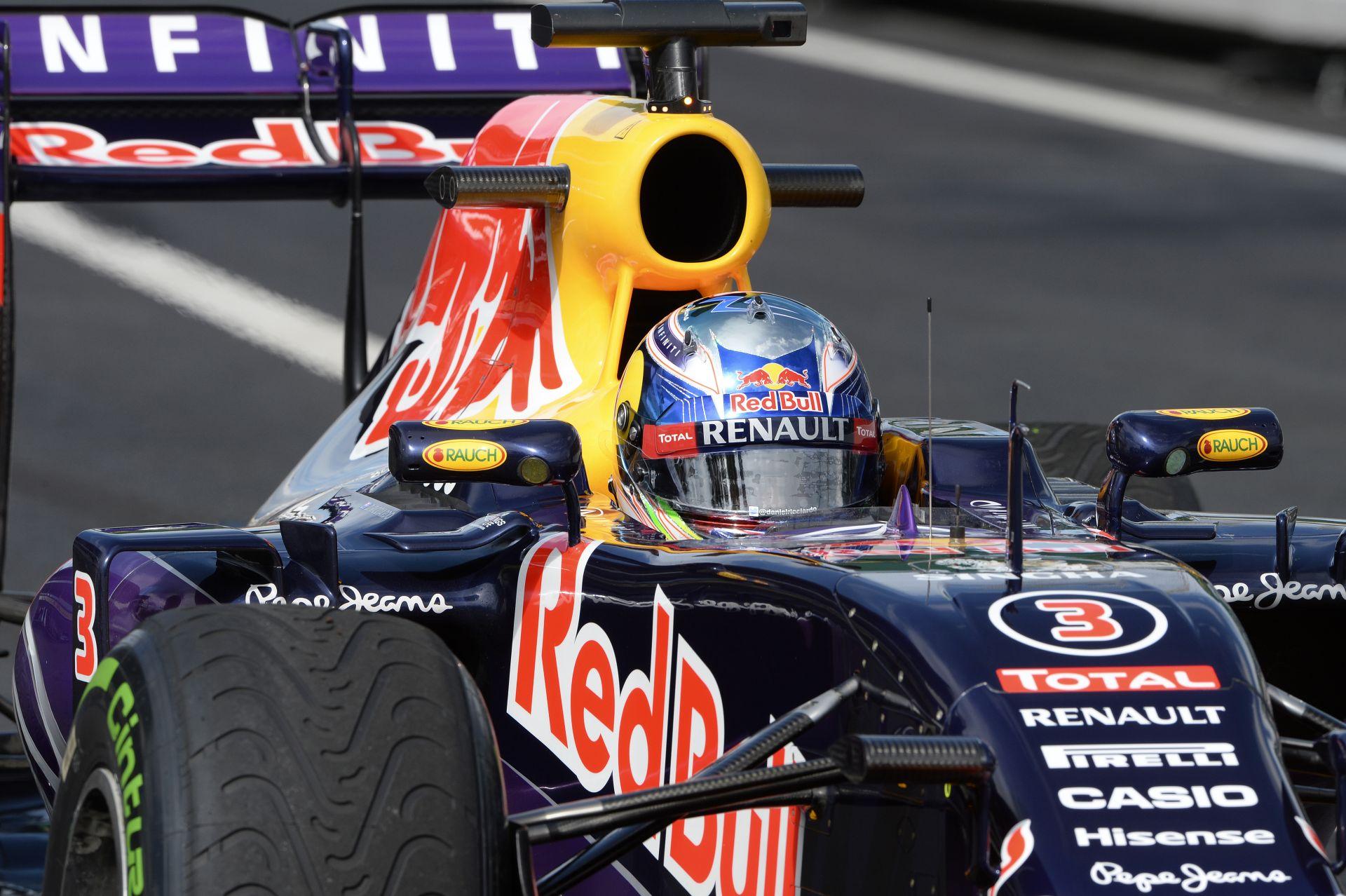 """Red Bull: """"Talán ott lehetünk a Mercedes közelében… Talán"""""""
