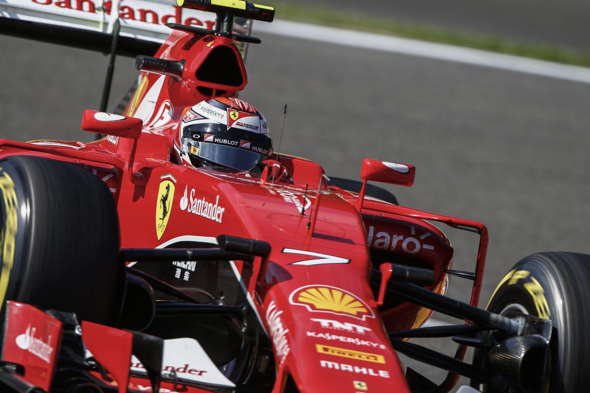 Raikkonen szerint OK volt a mai nap, Vettel többet hozna ki az SF15-T-ből