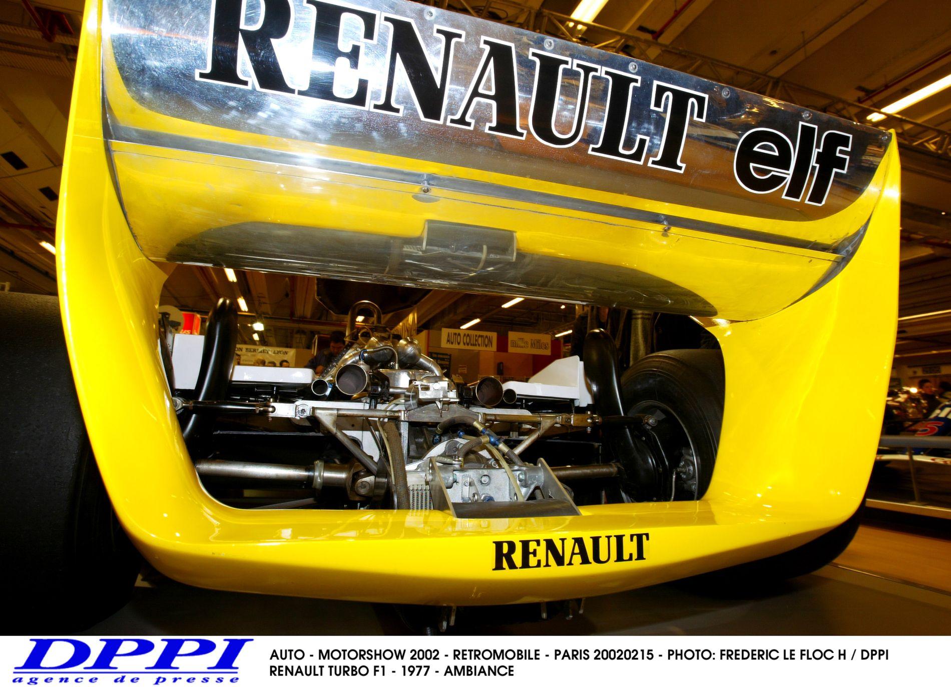 A Mercedes nem ad motort a Red Bullnak, de hajlandó segíteni a Renault-nak?