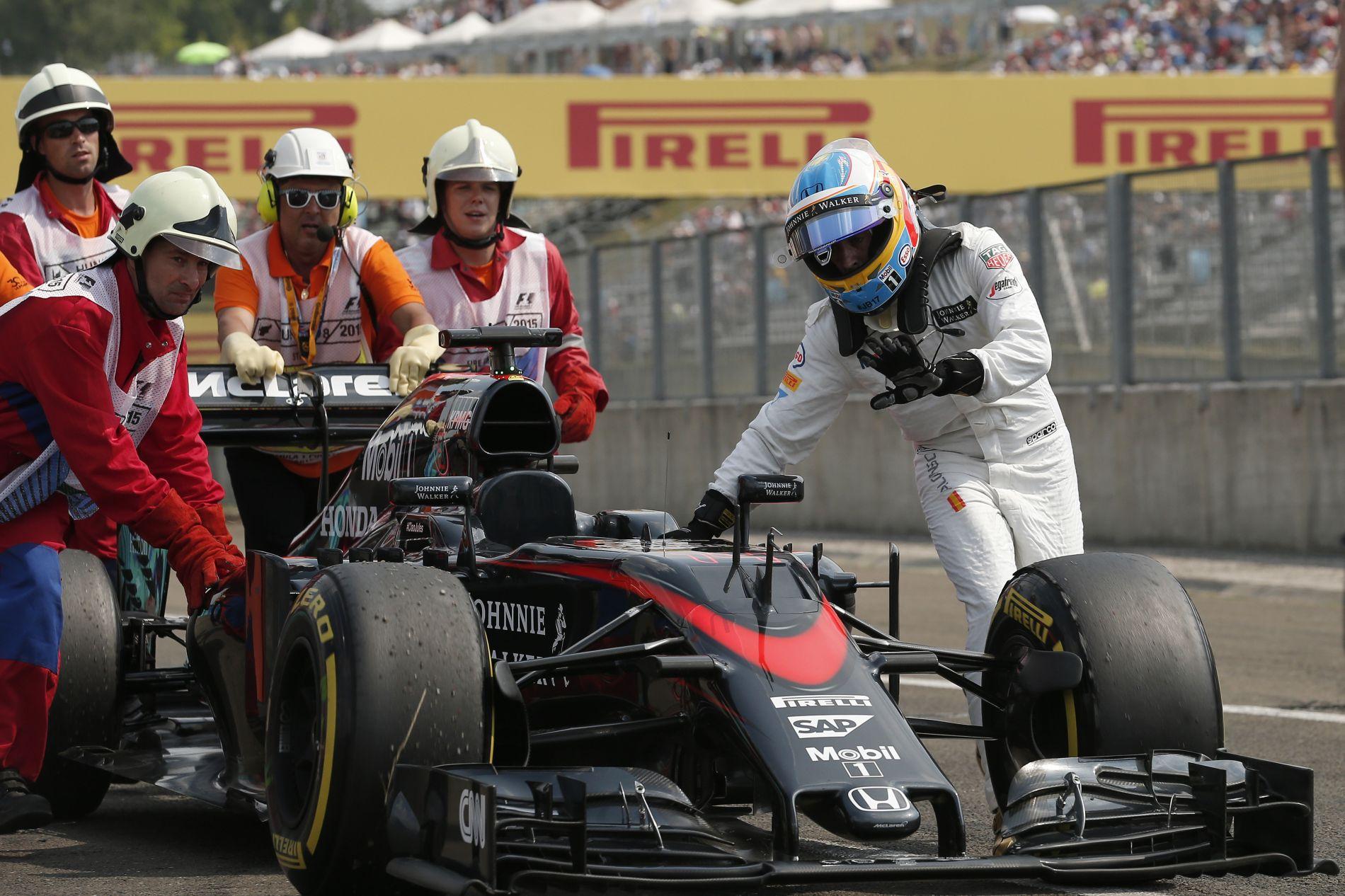 A McLaren-Honda lemaradása közel 1 év az idei szezonban: sehol nincsenek