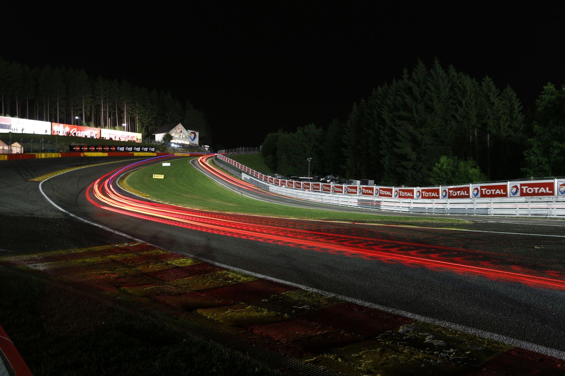 Vége a nagy várakozásnak, a Forma-1 visszatér: Eddig uralkodott a Mercedes? Jöhetnek az újabb Ferrari-győzelmek?