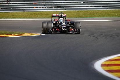 Grosjean olyan autóval végzett dobogón, amit lefoglalt a bíróság