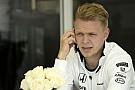 Magnussen nehezen tudja láthatóvá tenni magát: jövőre versenyeznie kell valahol