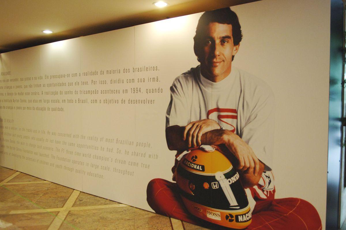 Igazi romantika: Senna, McLaren-Honda, és Interlagos a fedélzeti kamerán keresztül!